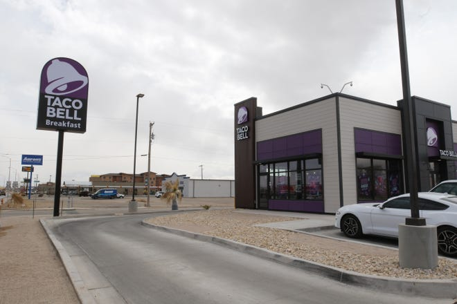 Carlsbad's new Taco Bell location is pictured, March 24, 2021 on South Canal Street.