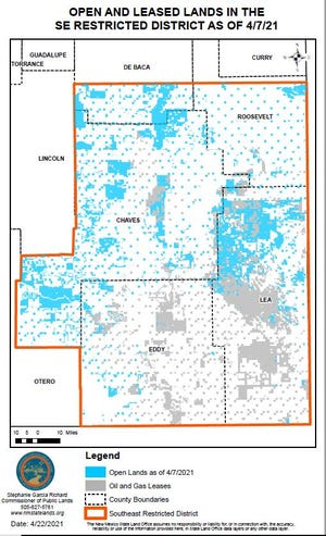 A map of State Trust land in New Mexico. Available tracts of land are in blue while land leased to oil and gas companies is in grey.