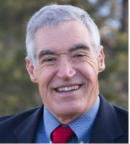 Roswell Mayor Dennis Kintigh
