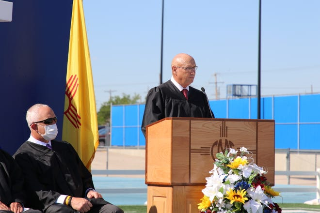 Carlsbad Municipal Schools Superintendent Dr. Gerry Washburn addresses the graduating class of Early College High School on June 4, 2021.