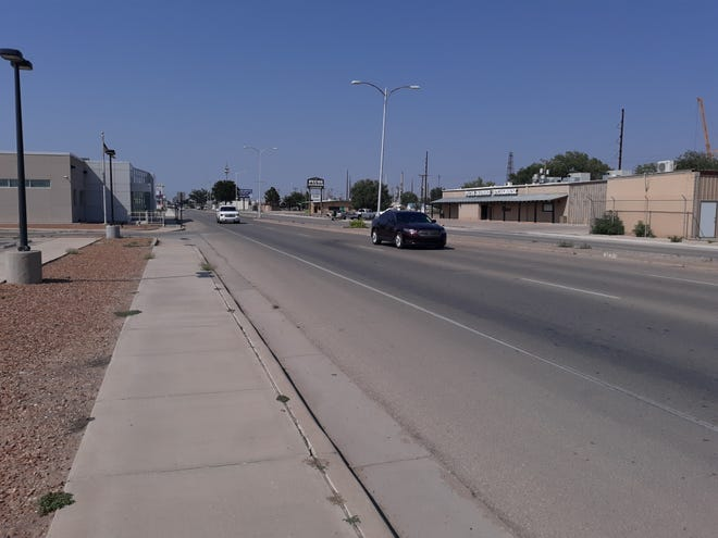 Traffic travels down U.S. Highway 285 in Artesia on Sept. 9, 2021. New Mexico State Police patrolled major highways in Southeast New Mexico Labor Day weekend and wrote 225 tickets.